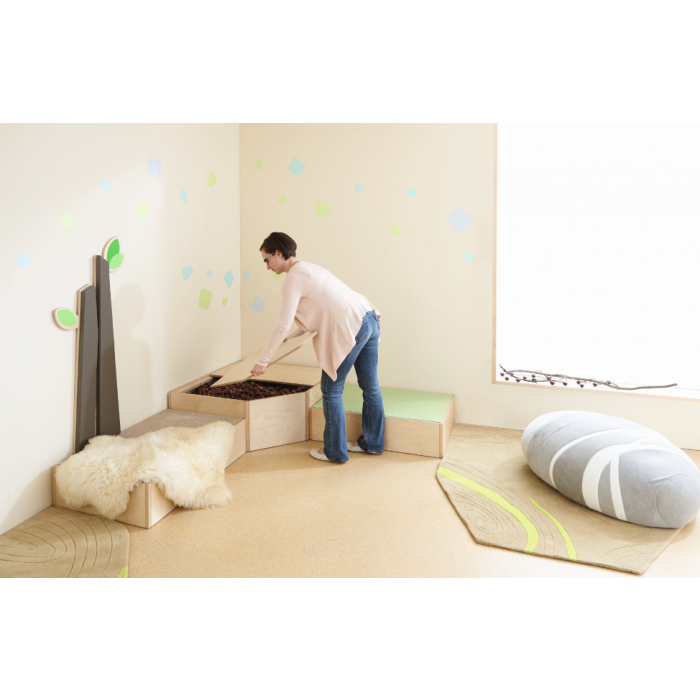 Sensory Bath Platform w/ Lid by HABA